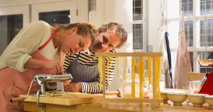kookworkshop Amsterdam voor een vrijgezellenfeest